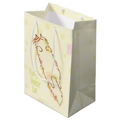 fluffy_sleepy_cat_medium_gift_bag-rb9457fcd9b10493191526b2cfa6fd5d4_zk3dw_512