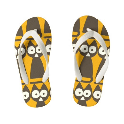 orange_brown_triangle_symbolic_cat_kids_flip_flops-rdd9ea99eaefa4ce39ce7616885880396_j69qd_512